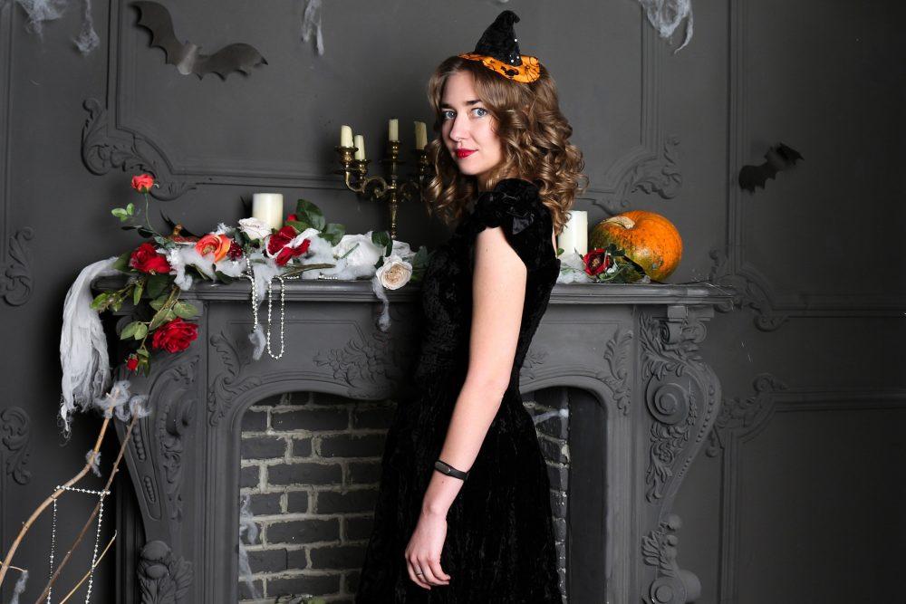ragazza ad halloween