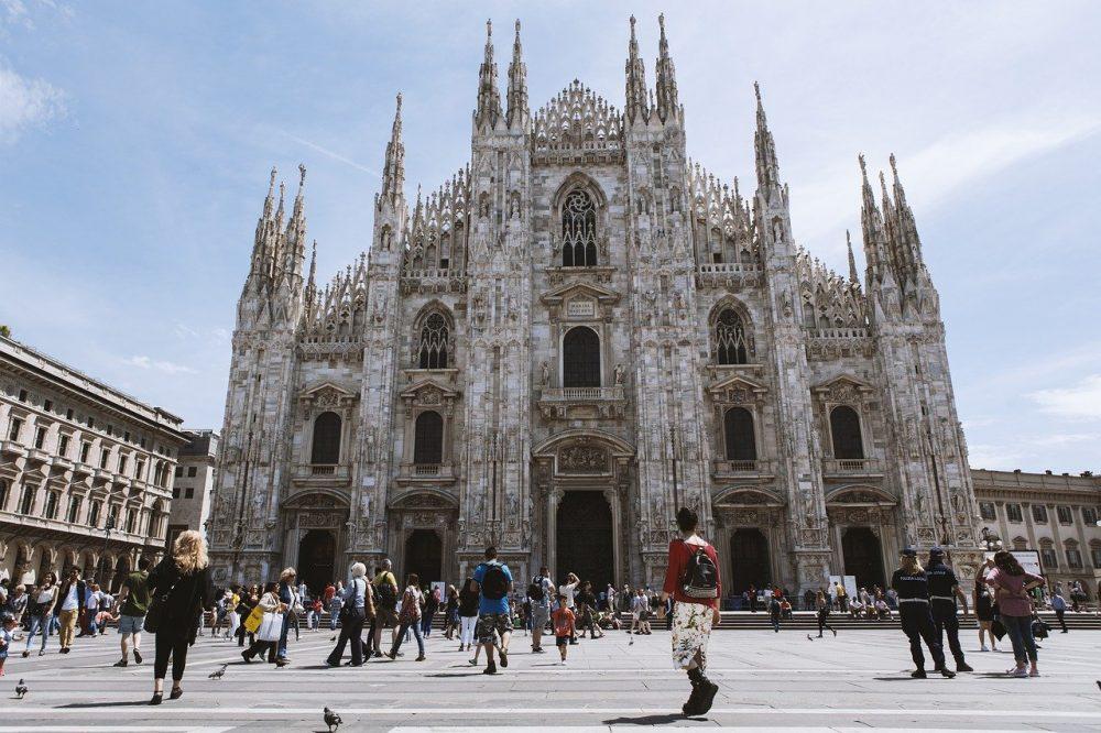 milano italia foto